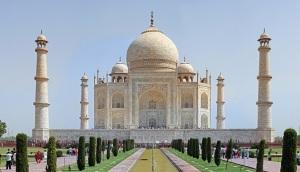 Taj_Mahal_2012 1